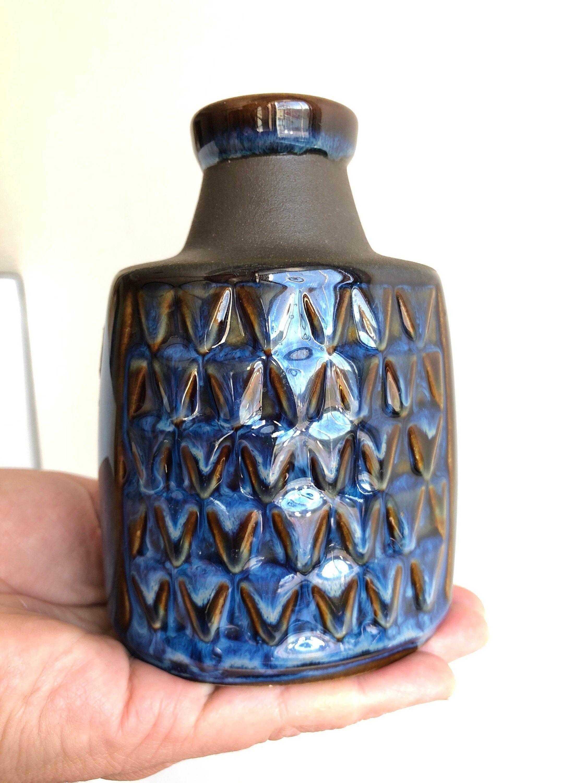 Mid Century Danish Stoneware Vase Blue Textured Vase Soholm Ceramic Denmark Design Einar Johansen In 2020 Stoneware Vase Scandinavian Ceramic Vintage Pottery