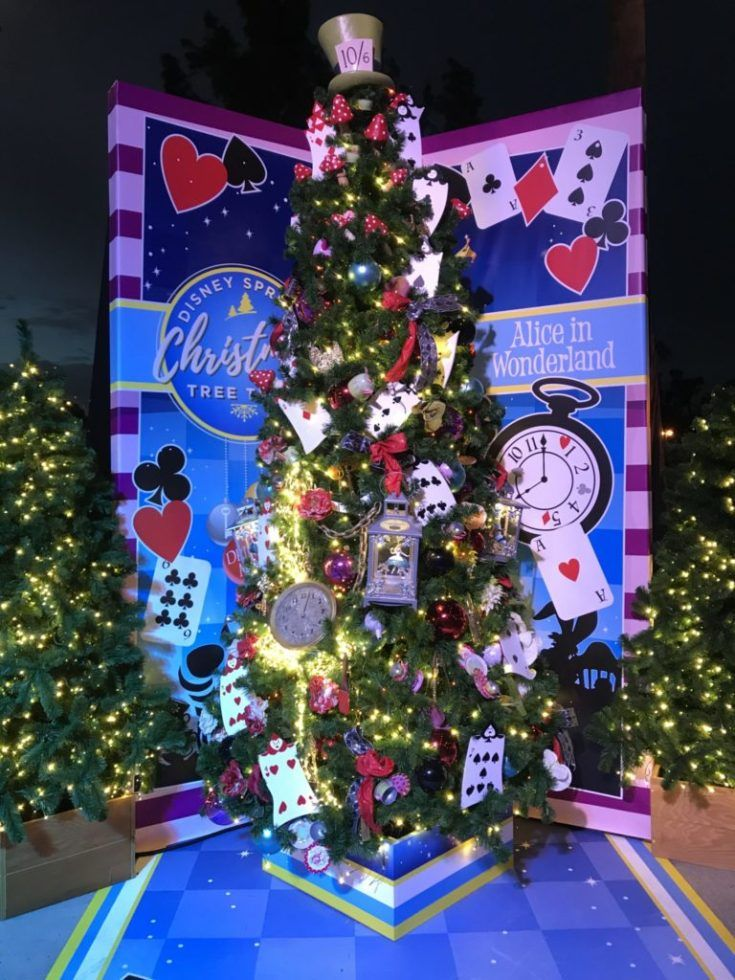 Your Guide to Christmas at Disney World 2019 Must Do's This Holiday   Disney christmas tree ...