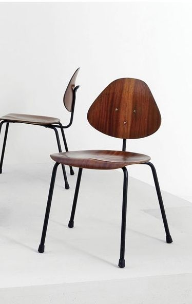Franco Campo And Carlo Graffi Molded Plywood And Enameled Metal Side Chairs For Home 1950s Metal Side Chair Vintage Chairs Sustainable Furniture Design