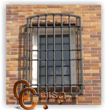 Rejas modelo castellana forjada en pletina forjada y labrada verticales en cuadrado macizo en - Rejas hierro forjado ...