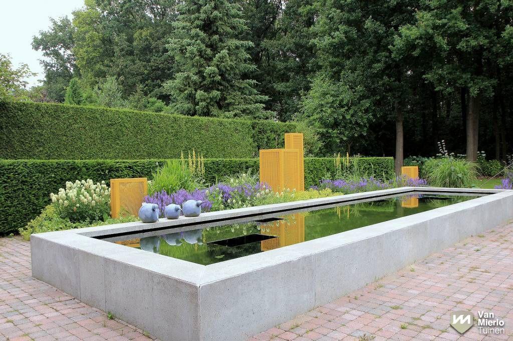 06 moderne tuin met strakke vijver van mierlo tuinen tuinideeen pinterest water - Tuin met openlucht design ...