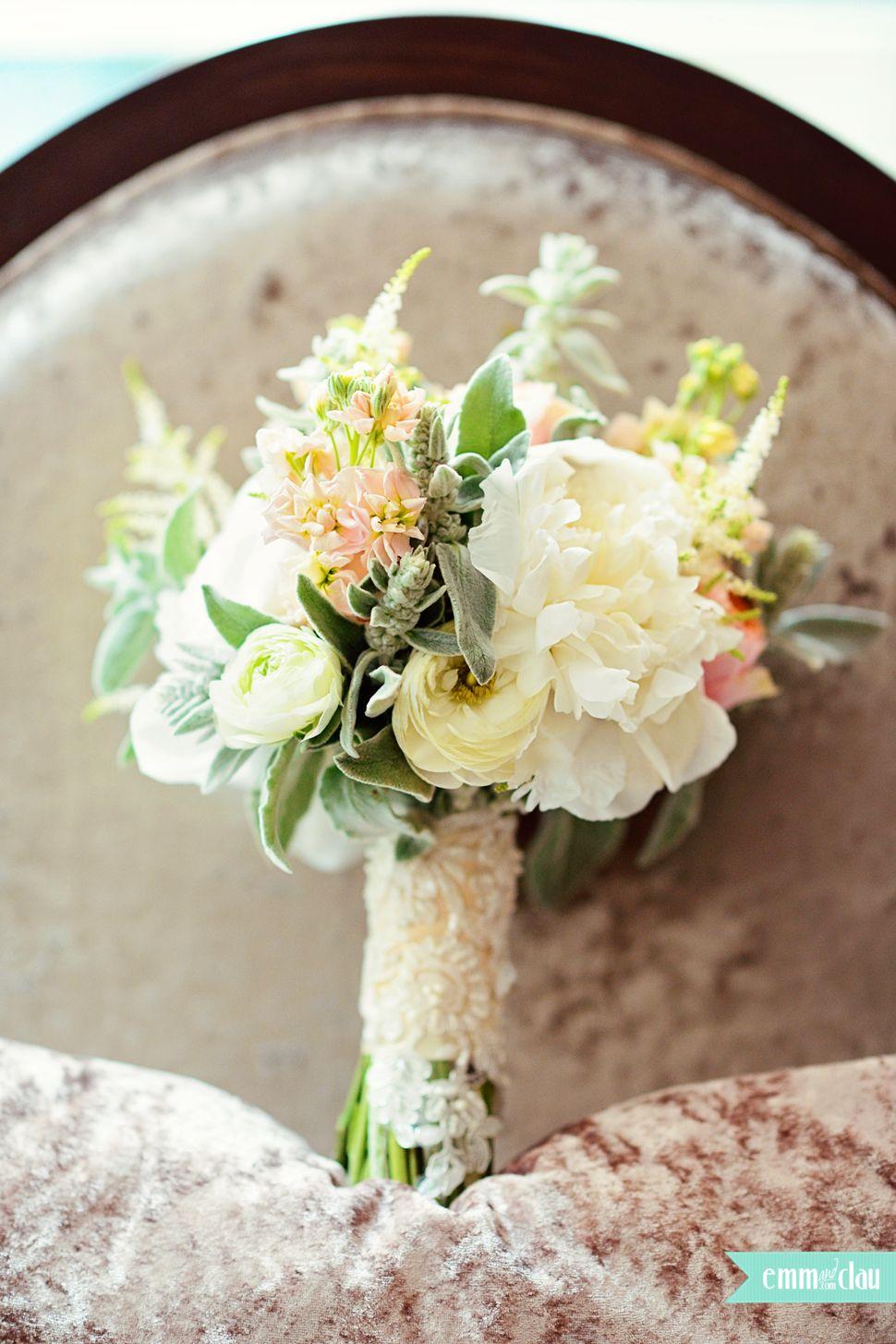 Lovely bouquet www.EmmAndClau.com