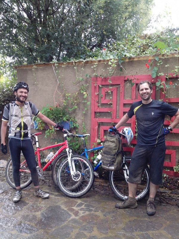 Aftera a very rainy and muddy ride we have finally made it to Suesca!