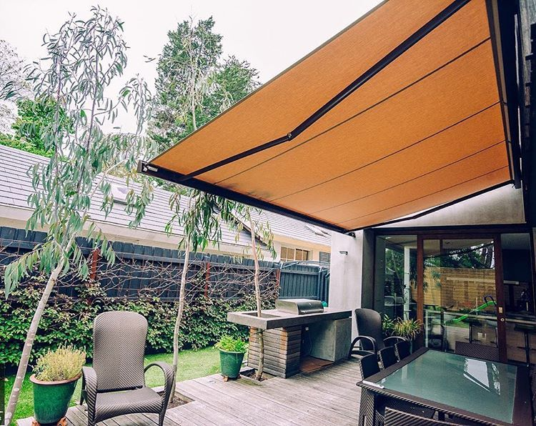 Throw Back To These Double Brustor B35 Folding Arm Awnings These Are Full Cassette So They Re Good Looking And E Outdoor Awnings Custom Awnings Outdoor Blinds