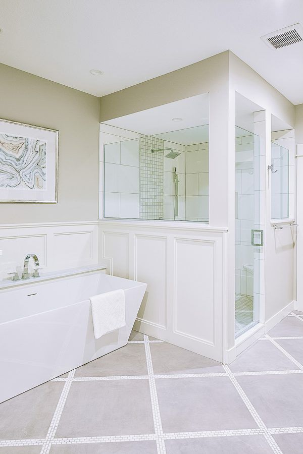 Winston Circle • Interior Designer Des Moines Jillian Lare #sherwinwilliamsagreeablegray
