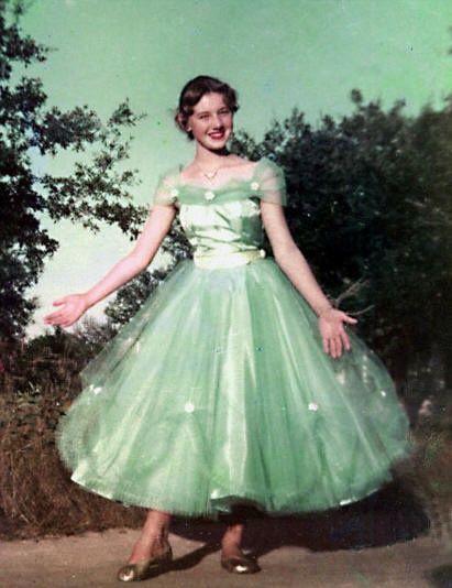 Belle Atelier in 2019 Vintage 1950s dresses, Vintage
