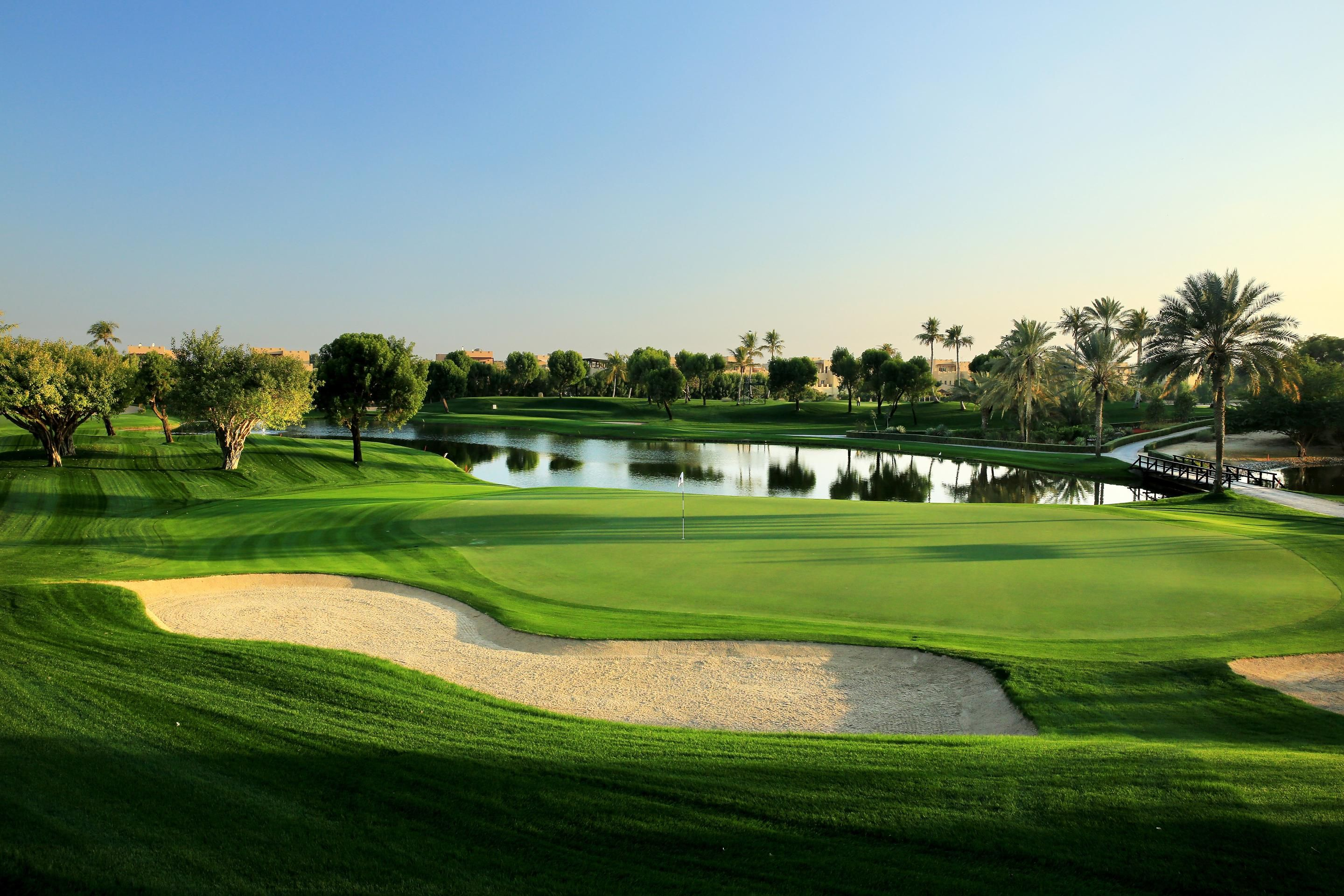 7th hole on the Majlis golf course at Emirates Golf Club