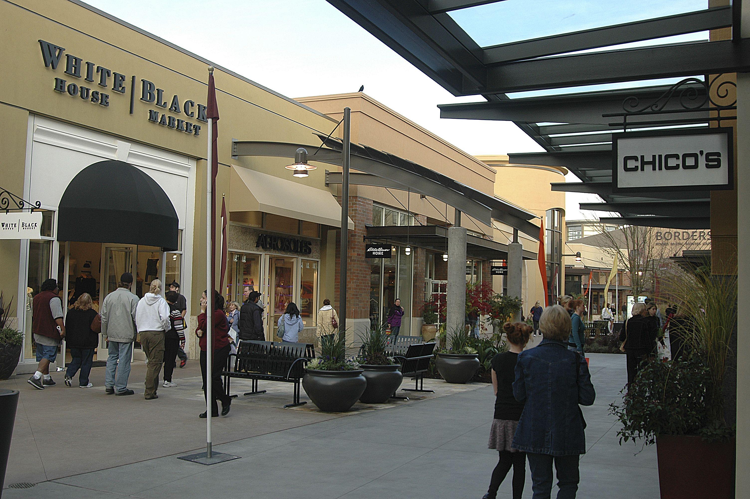 Alderwood Mall In Lynnwood Wa Premier Shopping Dining