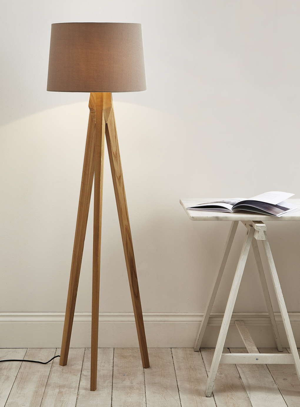 Accessories And Furniture Unique Tripod Floor Lamps For