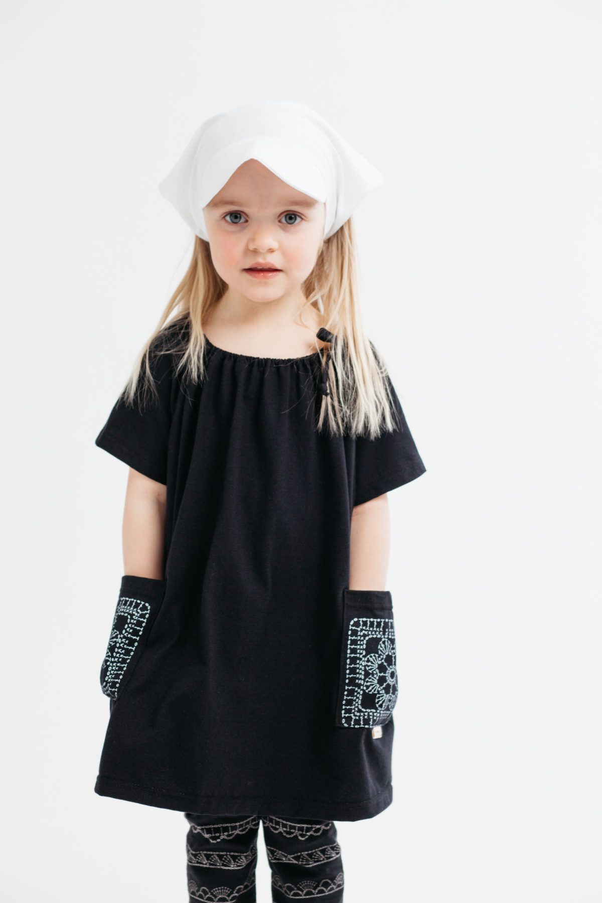 Tuuni & Loru Kuva Elina Manninen #mekko #dress #ecological #fashion #kids #lastenvaatteet