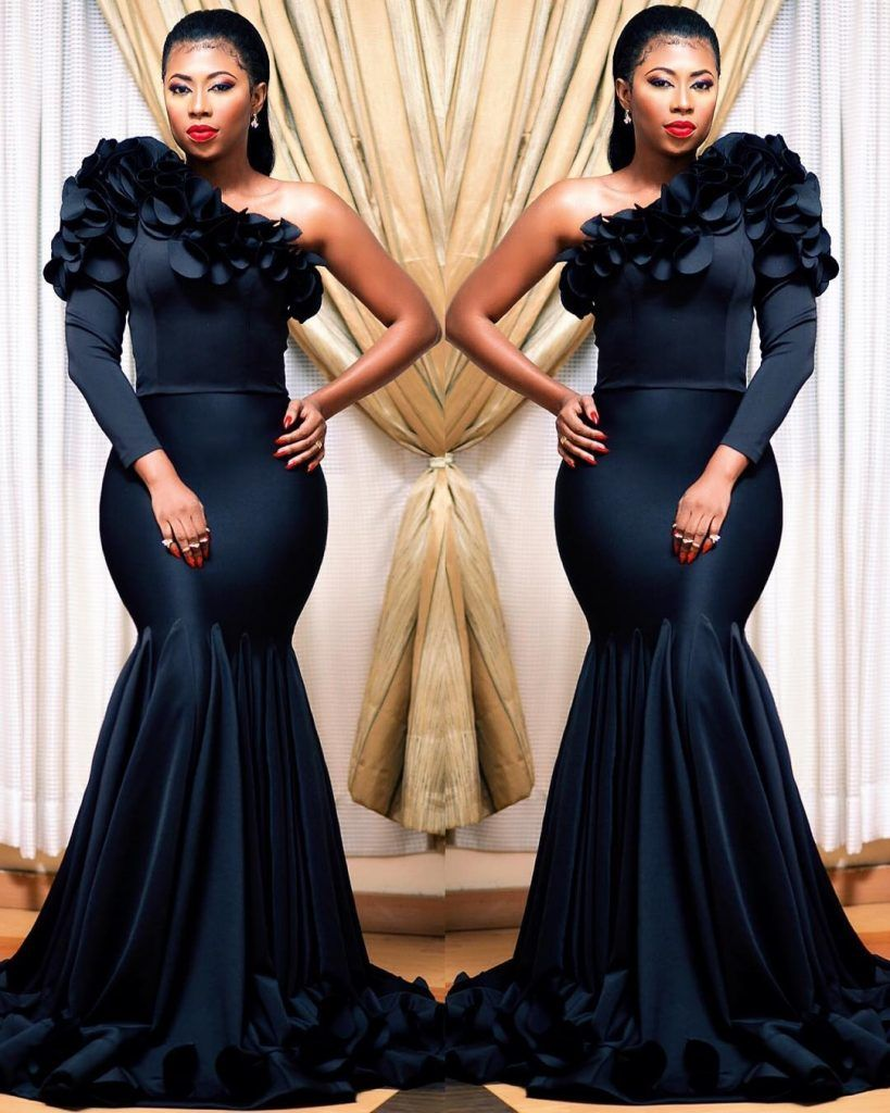 If You Are On The Hunt For The Perfect Dress To Wear To A Wedding Look No Further Besides The Obvious Do Evening Gowns Elegant Gowns Of Elegance Dinner Gowns