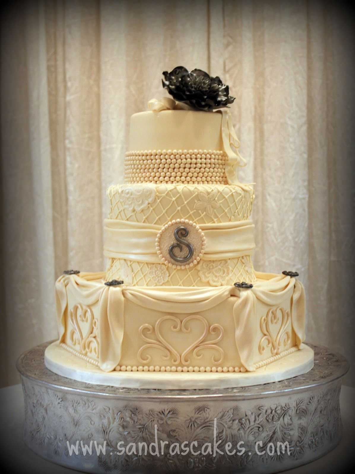 Vintage Wedding Cakes | Stunning Vintage Wedding Cake | Cakes ...