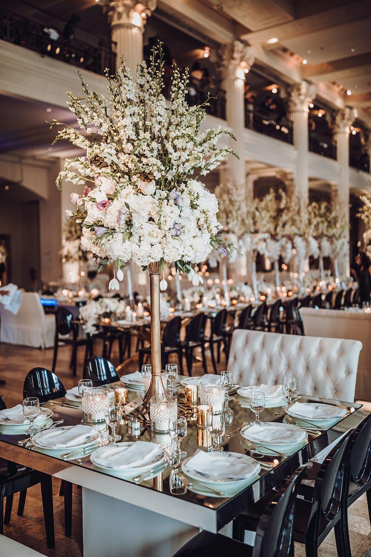 Ivory Peach Lilac Fuchsia Wedding Reception Tablescape Decor At Corinthian Houston Wedding Catering Fuchsia Wedding Wedding Venue Houston
