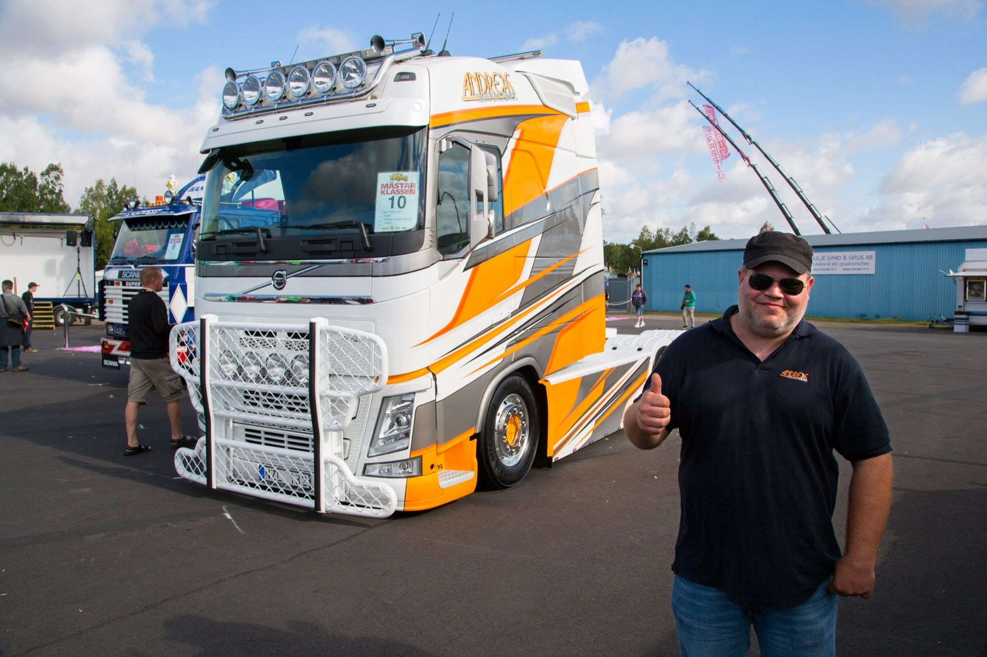 Volvo Trucks The Longtrotter A Custom Volvo Fh With An Xl Cab