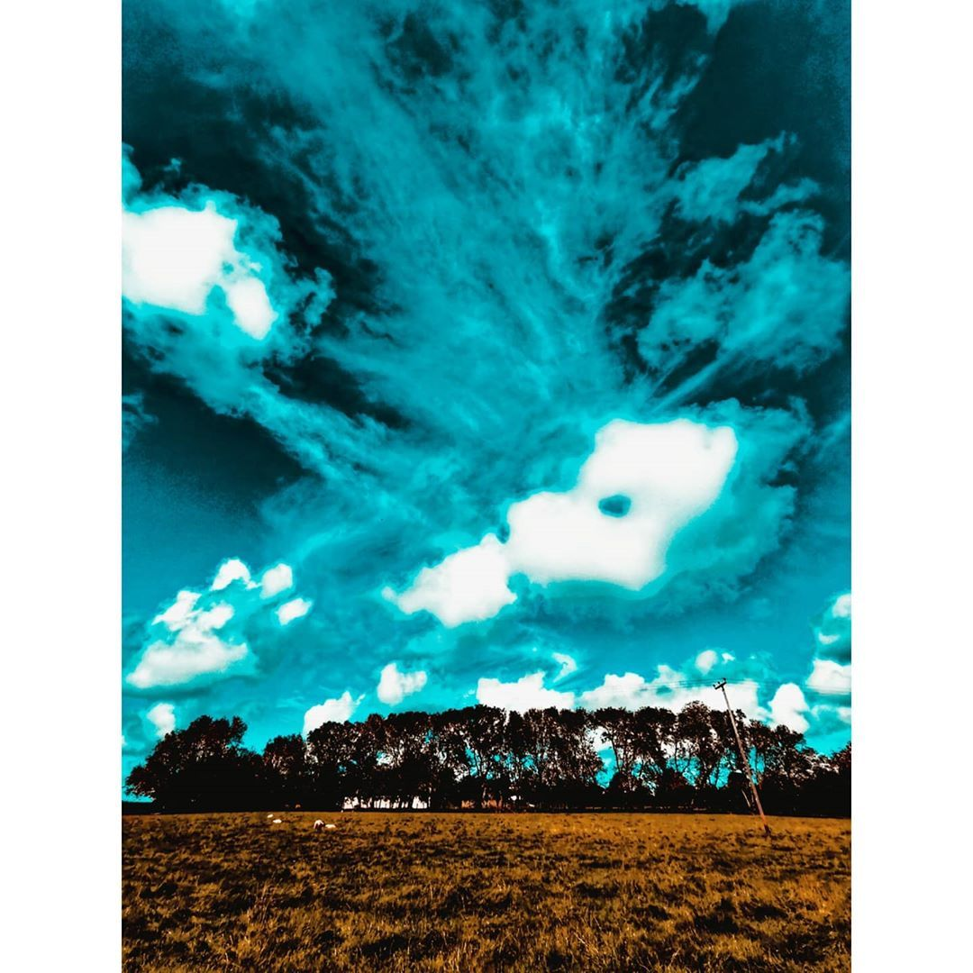 Creeping clouds... . . . #photograph #photography #photo #photographylovers #photooftheday #naturephotography #nature #natural #vibrant #photographers #photos #life #amateurphotography #amateurphotographer #photogram #instaphoto #instagood #photography📷 #photographylife #photographylovers #photographylover #like #follow