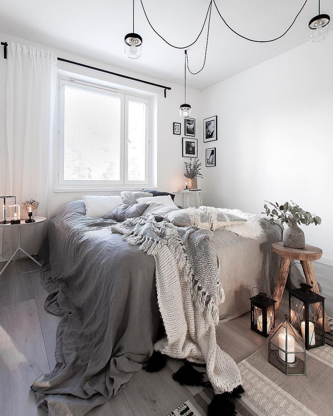 Roomporn On Instagram What Do You Think Of This Cozy Scandinavian Bedroom We Love 2xil Bohemian Style Interior Design Bedroom Design Romantic Bedroom Decor