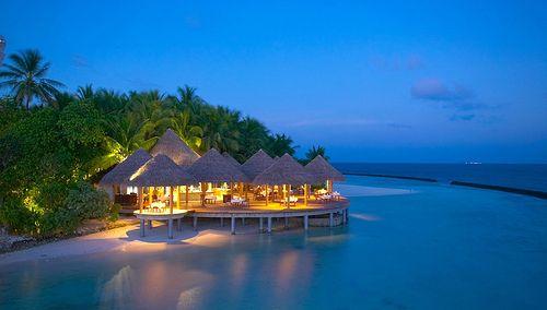 Baros Grill Restarurant Bahamas Vacation Where Is Maldives Private Island Honeymoon