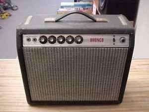 Craigslist Guitar Amps : craigslist vintage guitar hunt 1972 fender bronco amp vibrochamp in fontana ca for 250 ~ Vivirlamusica.com Haus und Dekorationen