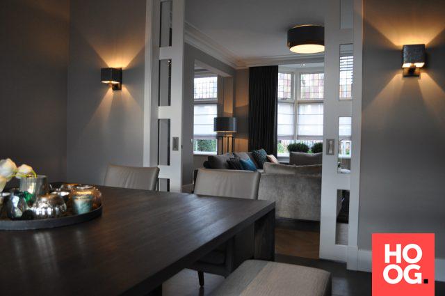 Luxe Interieur Ontwerp : Luxe interieur met houten eettafel en luxe meubels interieur