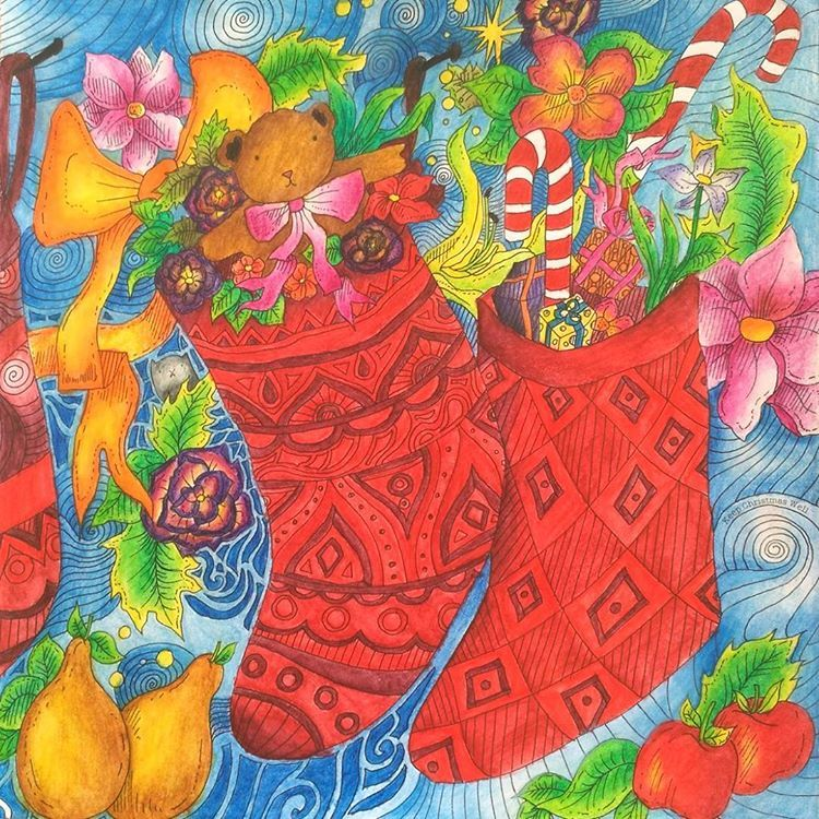 Done ^^ Happy birthday Emese ^^ #johannabasford #lizziemarycullen #themagicalchristmas #coloringbook #coloredpencils #adultcoloring #derwent #derwentpencils #inktense