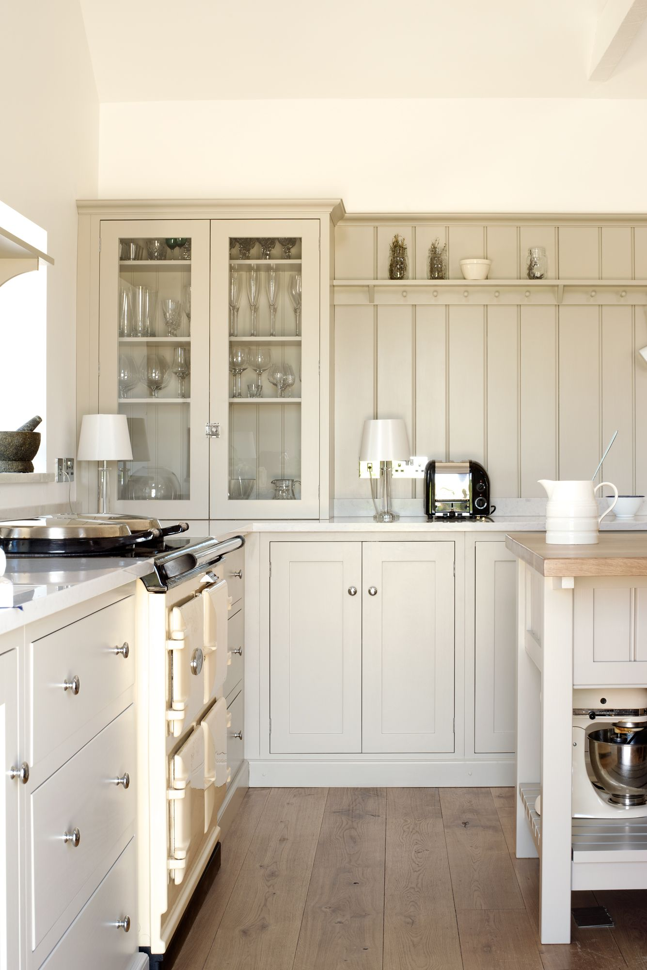 The Real Shaker Kitchen by deVOL painted in our favourite \'Mushroom ...