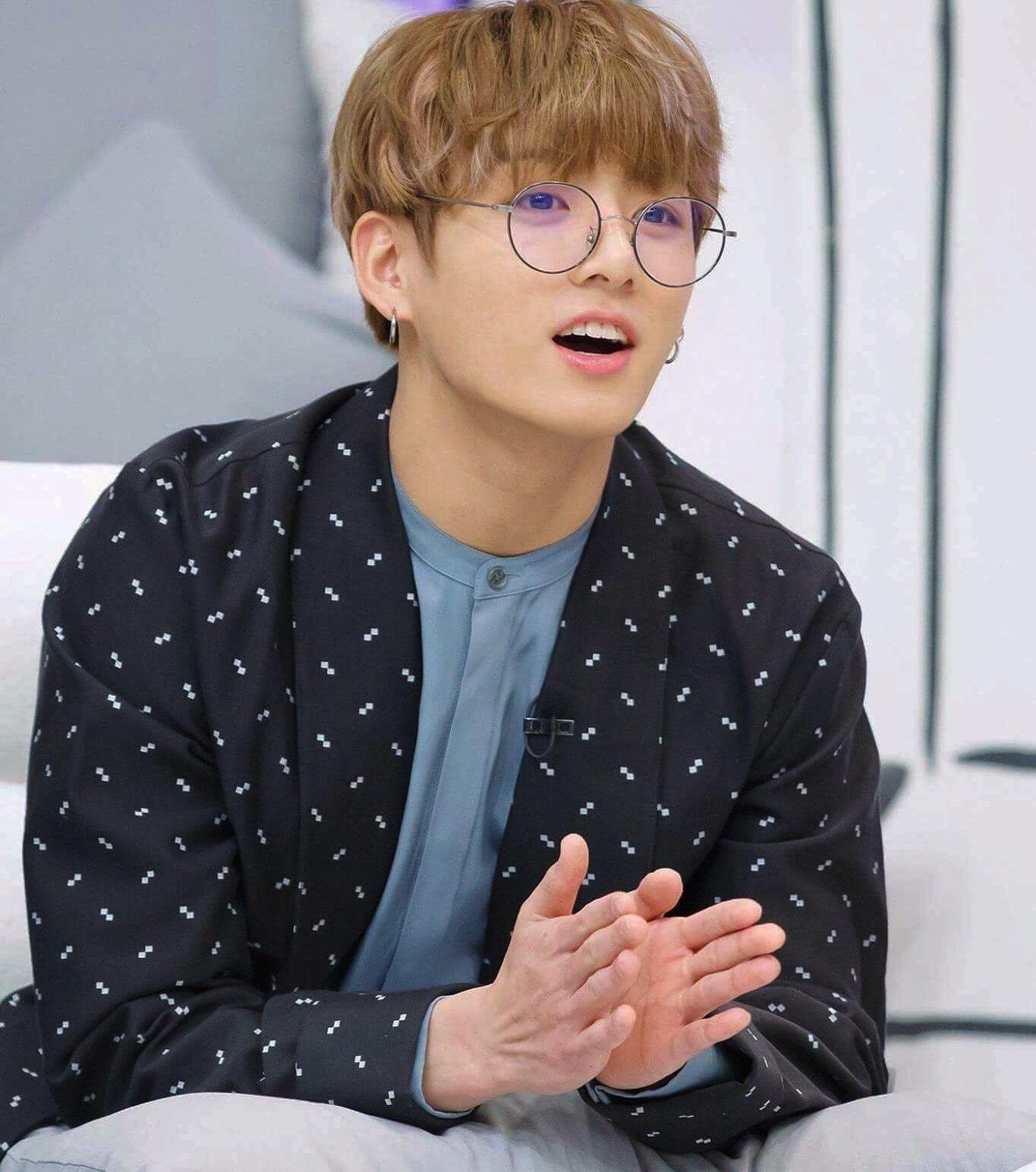 Bts Jungkook Glasses Wallpaper: Image Result For Jungkook Glasses BTS Mostly T