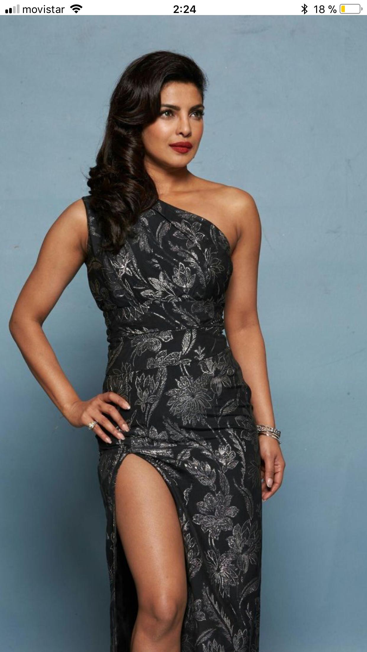 Priyanka bollywood pinterest priyanka chopra bollywood and saree