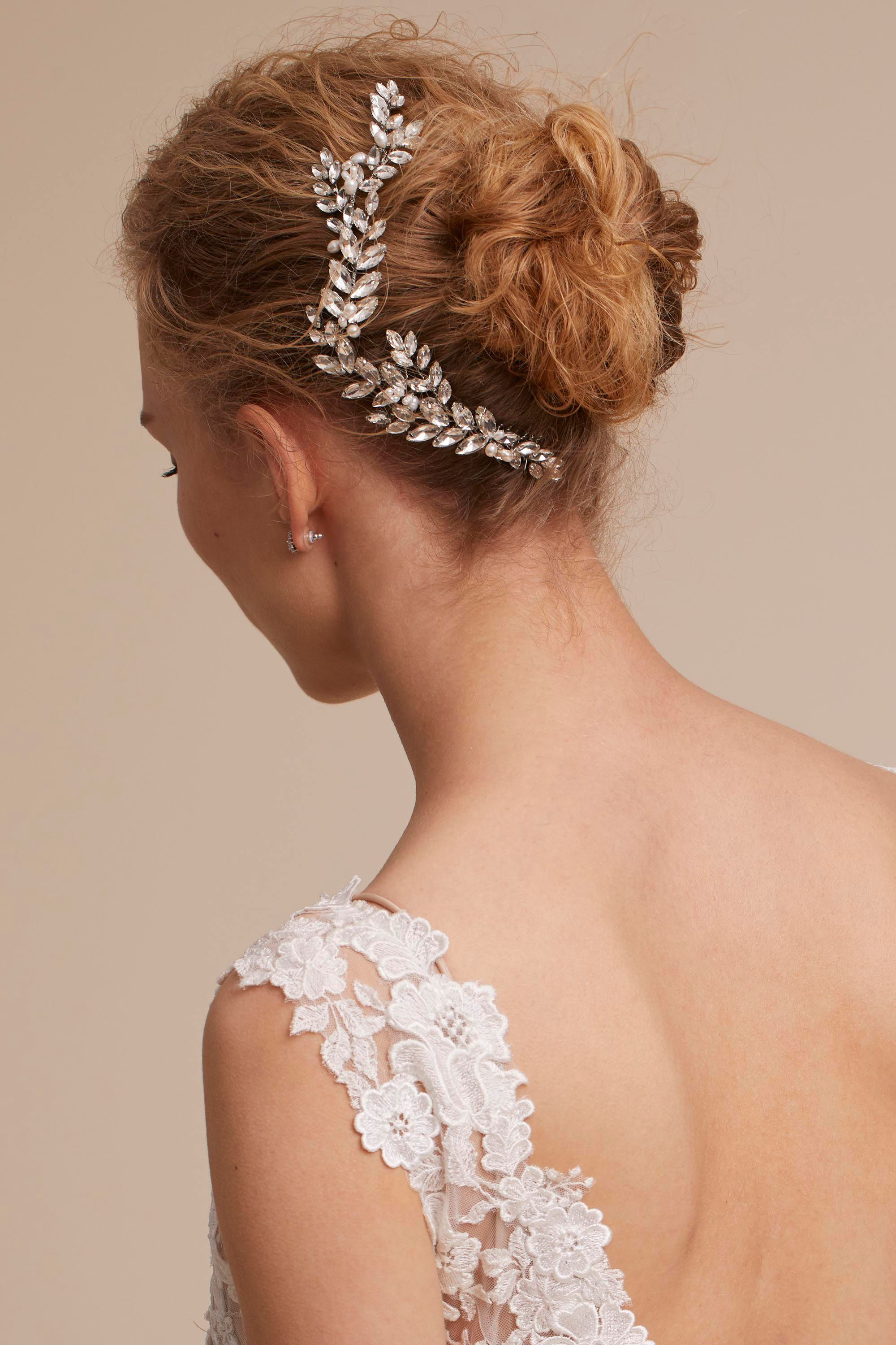 abrielle hair comb from @bhldn | bridal hair accessories