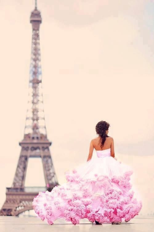 OH SO PRETTY IN HOT PINK accent wedding dress...reminiscent of Carrie Bradshaw in Paris