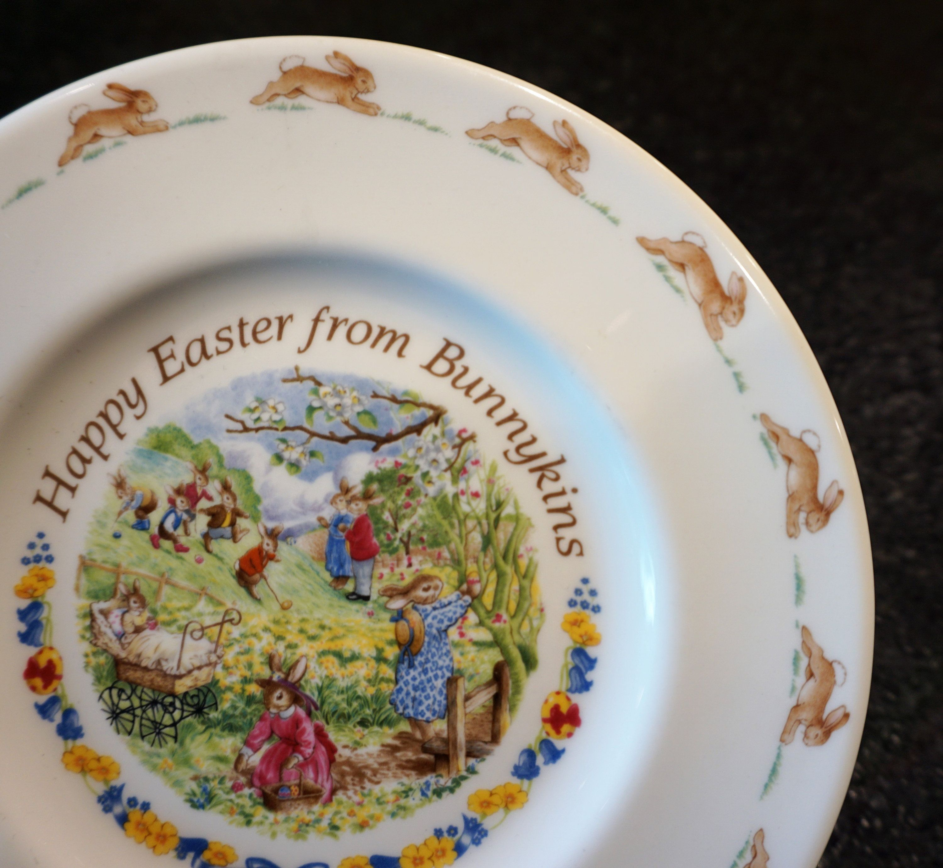 Bunnykins Happy Easter From Bunnykins 8 Salad Plate Collectable Childrens Dinnerware Salad Plates Happy Easter Plates