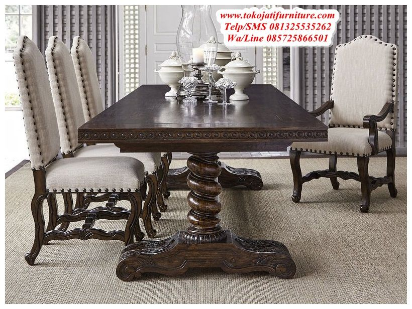 Castle Barley Twist Trestle Dining Table