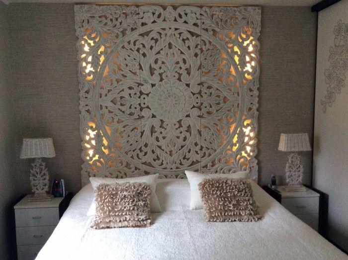 mooie slaapkamer hout snijwerk zelf led verlichting erachter