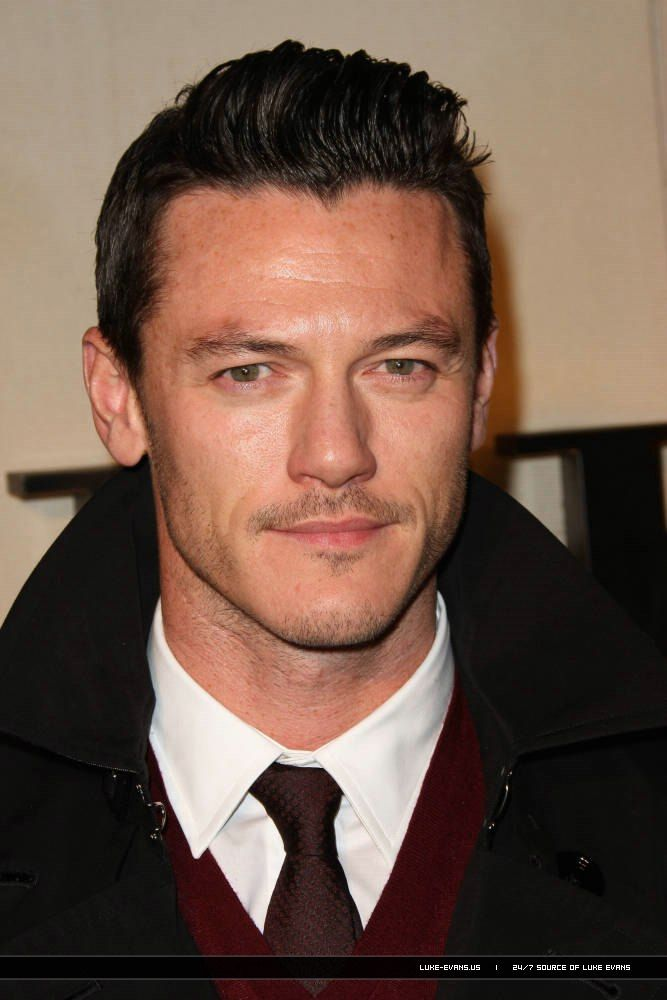 Luke Evans Picture | 10/26 - 'Burberry Body' Launch Party | 261011 Burberry Body Launch 04