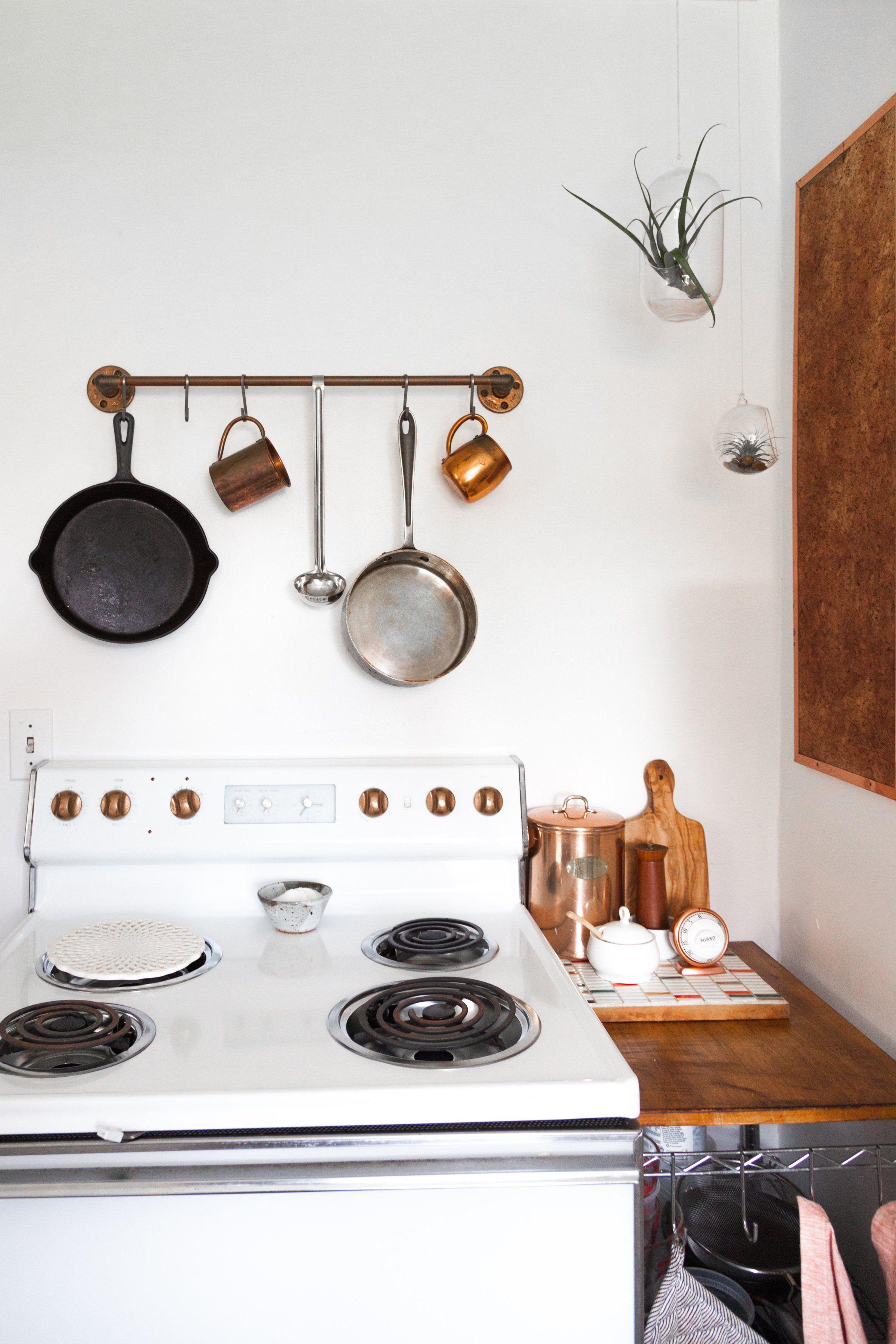 Design Solutions A Lookbook of Good Looking Hanging Pots & Pans