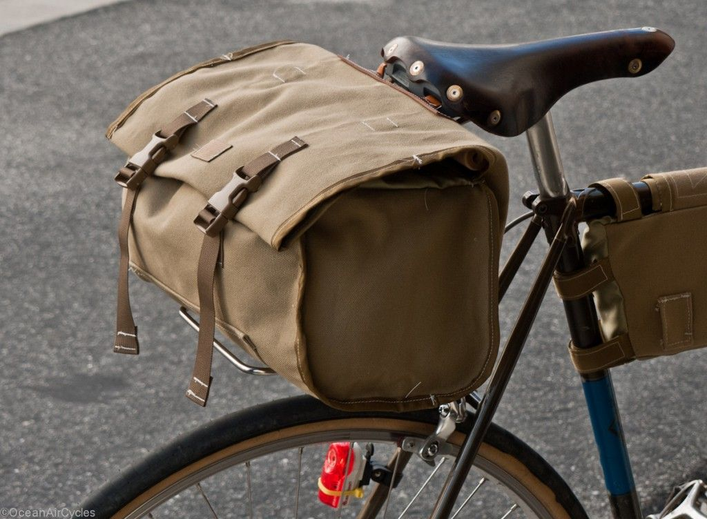 traditional bicycle bar bag support for retro tourers