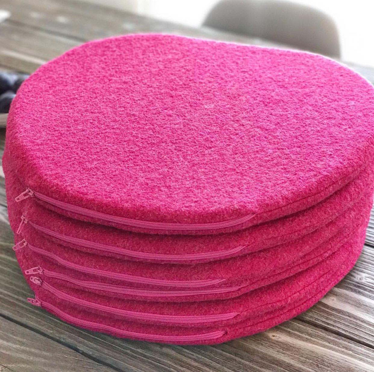 Eames Chair Sitzkissen eamescushion in pink melange pomponetti interior sitzauflage für