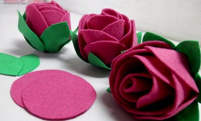 80cad5091 Aprenda, inspire-se e crie com essa simples e linda rosa de feltro! Assista  a videoaula e deixe a sua criatividade guiar você!