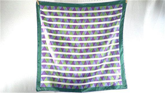 vintage geometric Vera scarf purple and green par Breelzebub, $20,00