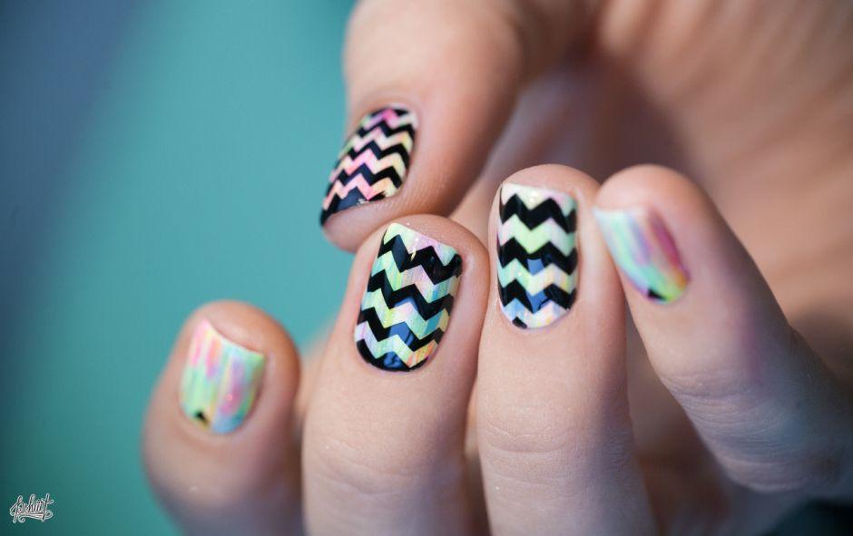 Tuto Nail Art Zig Zag Color Tapedstripedgeometric Nail Art 2
