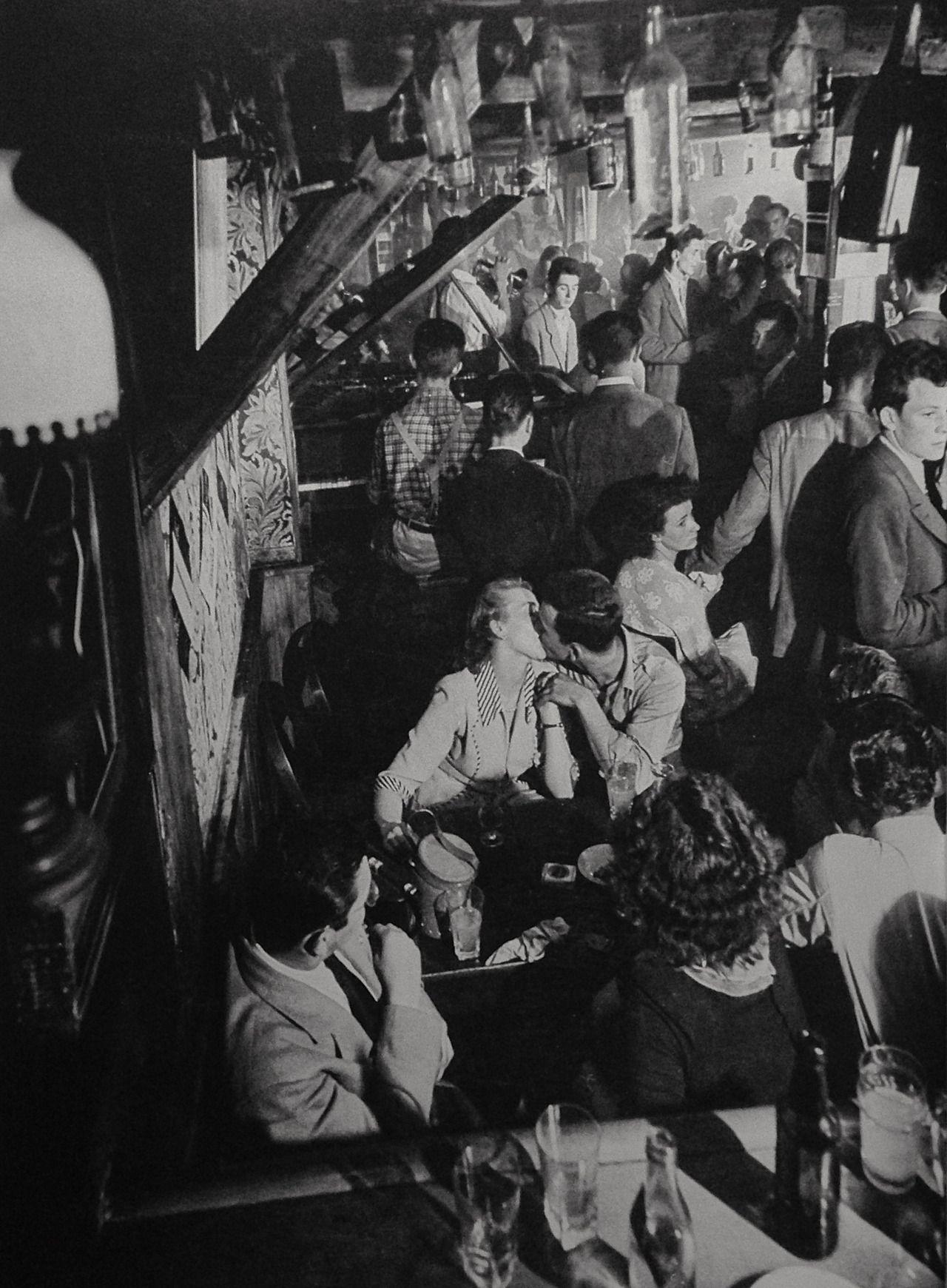 Paris in the 1940s (photo: Robert Doisneau).