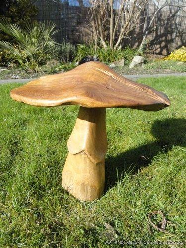 Beautiful Solid Teak Carved Wooden Mushroom Toad Stool Sculpture