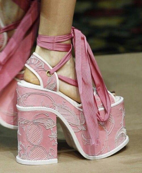 Fashion shoes high heels