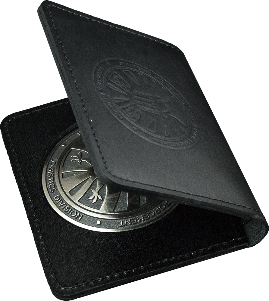 Agents of S.H.I.E.L.D. - S.H.I.E.L.D. Agent Badge Prop Replica by eFX Collectibles WANT!