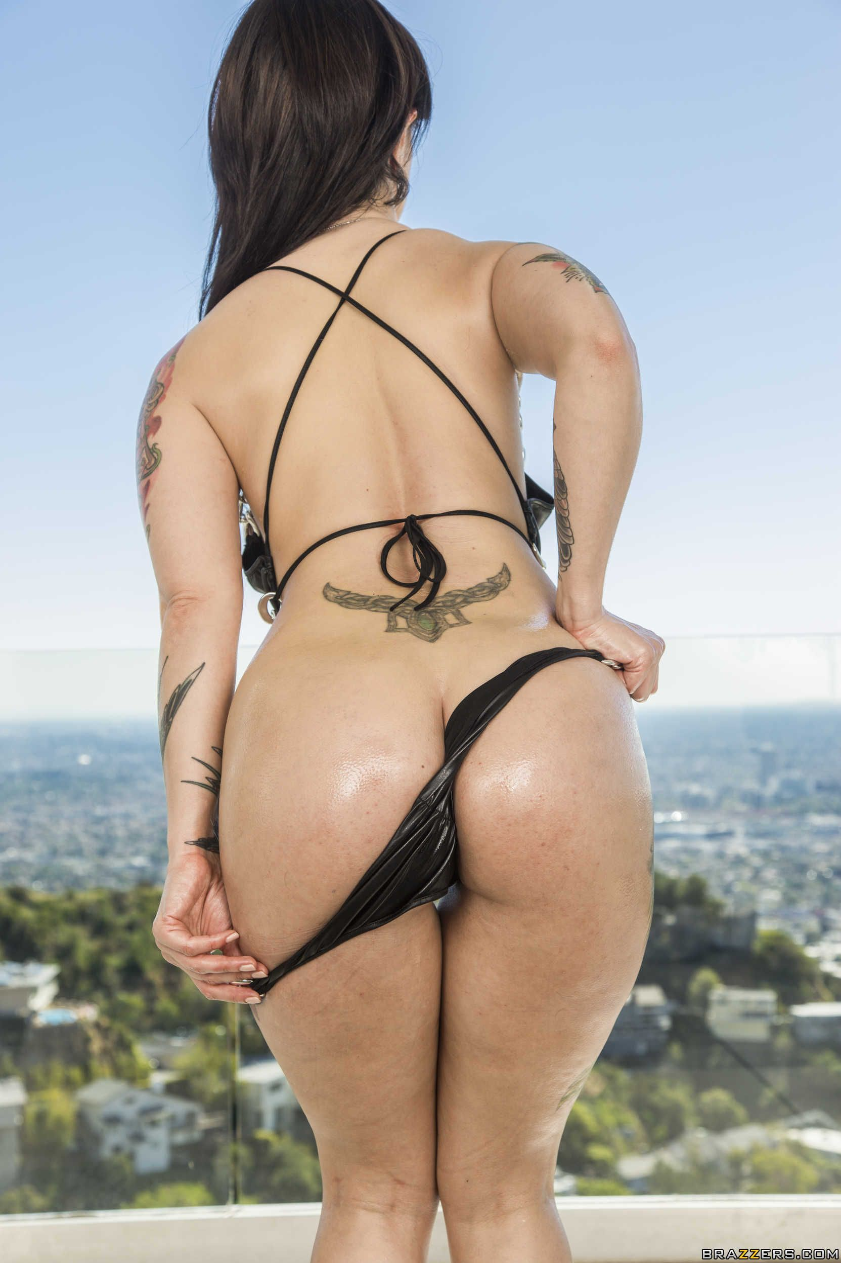 naked sexy japanese handjobs