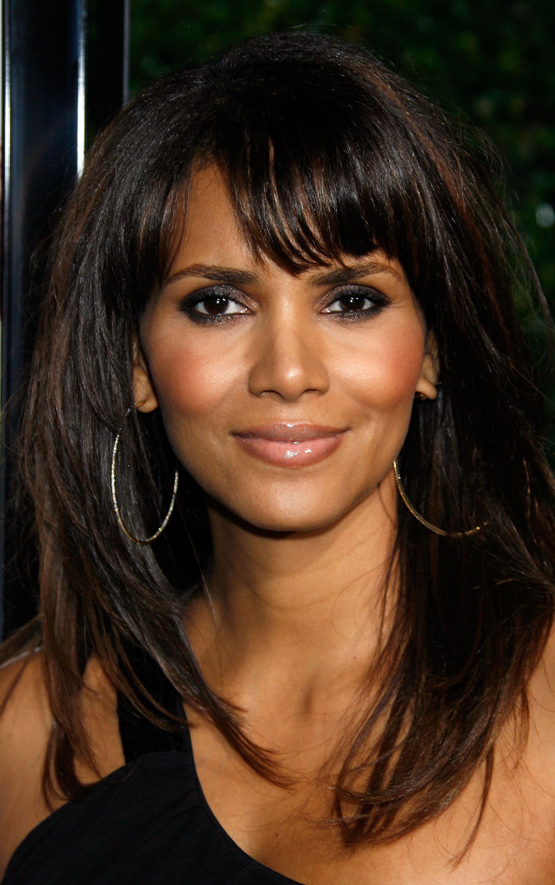 35+ Halle berry hairstyle in boomerang inspirations
