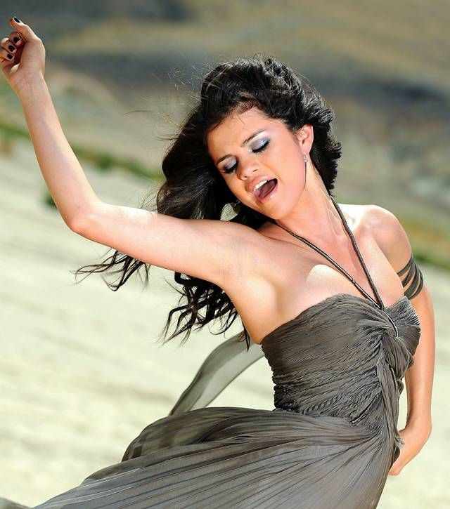 Selena Gomez   Selenator! <3   Pinterest