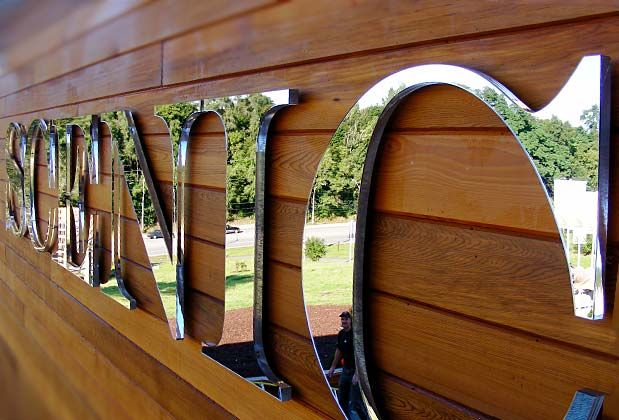 custom mirror design 3d mirror sign designs3d mirror signage for - Sign Design Ideas
