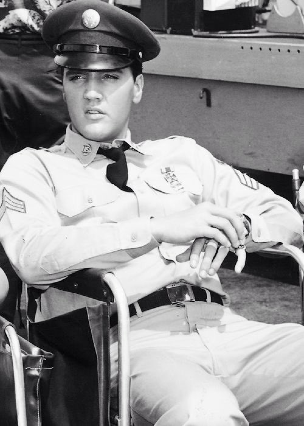 Did you ever get a guy as handsome as this ? #ElvisHistory Movie ...