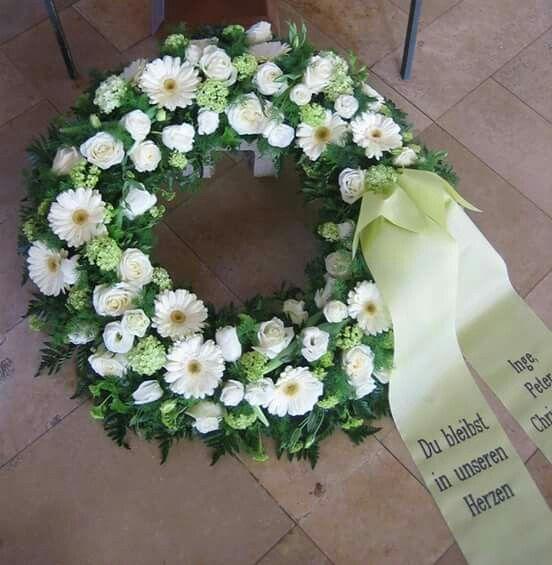 Pin von Gabi auf Krnze  Kranz beerdigung Beerdigung