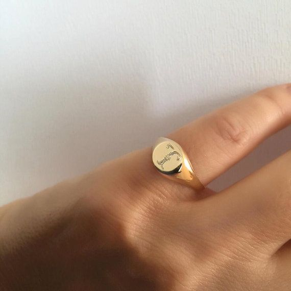 bague en or petit doigt